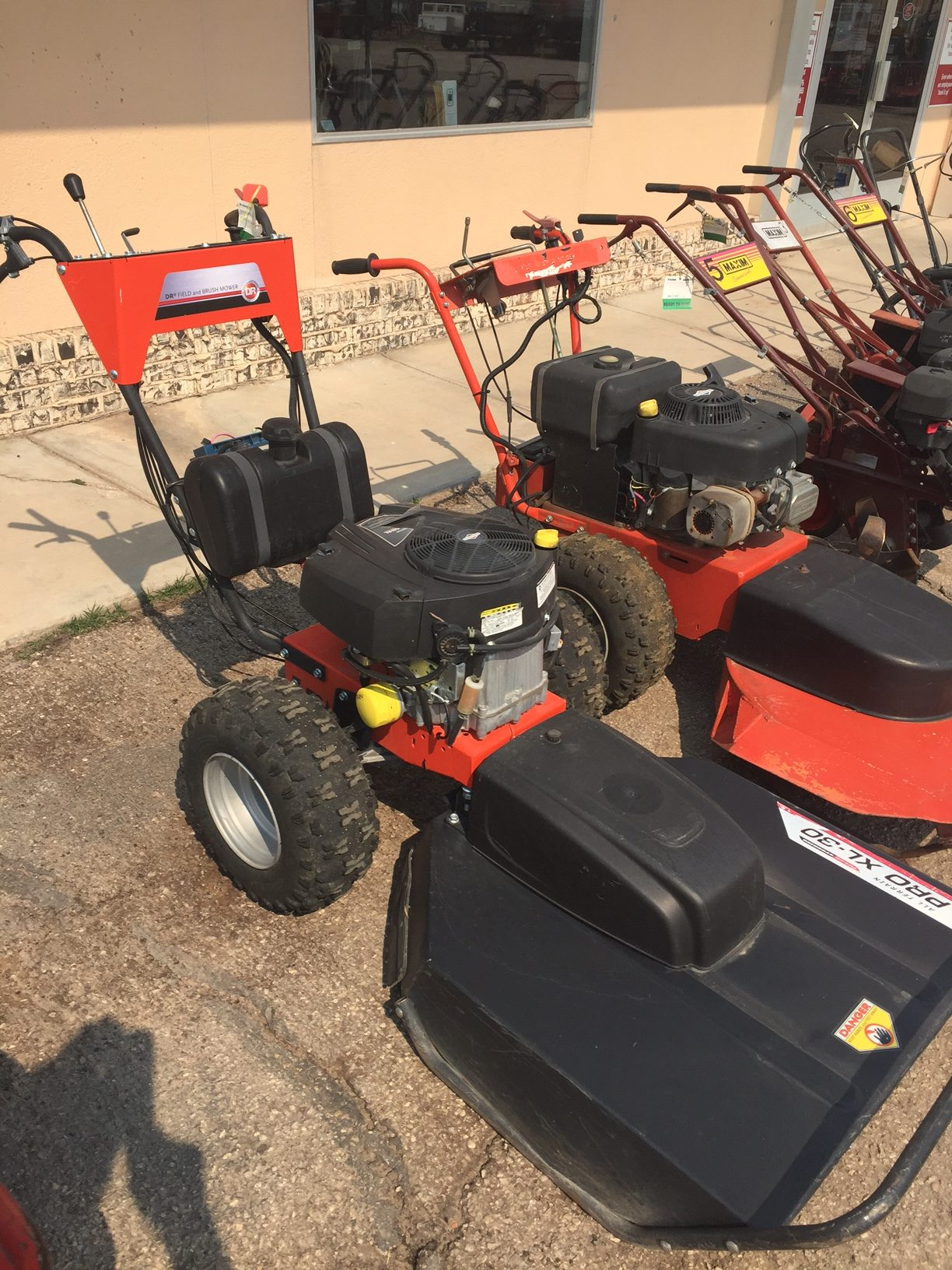 FIELD & BRUSH MOWER 11 5 DR | E-Z Rentals & Sales, Inc